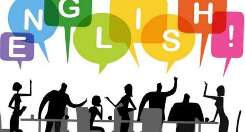بحث آزاد در بین افرادی که در حال یادگیری زبان انگلیسی هستند بسیار پرطرفدار است. کلاس های بحث آزاد برای ارتقای مهارت در مکالمات زبان آموزان طراحی شده است که بتوانند هرچه را که در کلاس های زبان عمومی یاد گرفته اند به راحتی تمرین و تکرار کنند. این کلاس ها منحصرا برای افزایش مهارت در مکالمه شما برگزار می شوند. در کلاس هایFree Discussion موضوعات مختلف به کار گرفته می شود.